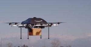 Amazon a anunțat succesul primei livrări cu drona
