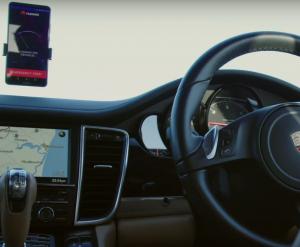 Huawei va folosi Mate 10 Pro la vehiculele fără șofer
