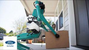 Digit, robot biped care duce coletele la ușa clientului (2)
