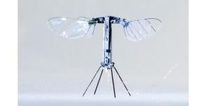 RoboBee X-Wing are motor alimentat de celule solare