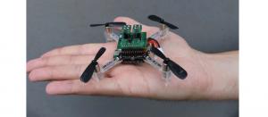 Dronă echipată cu senzori MOX de detectare a gazelor