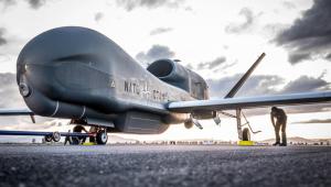 A doua dronă Global Hawk pentru NATO a ajuns în Italia