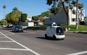 Vehicul autonom pentru transport produse de băcănie