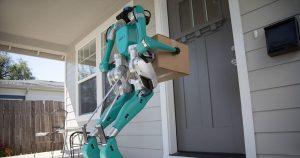 Robotul umanoid Digit duce coletele la ușa clientului (1)